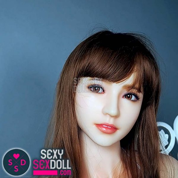 sandy silicone sex doll
