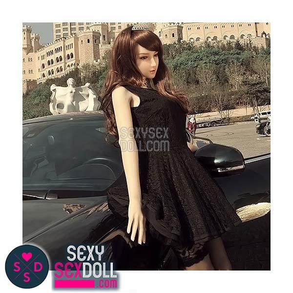 Asian sex doll