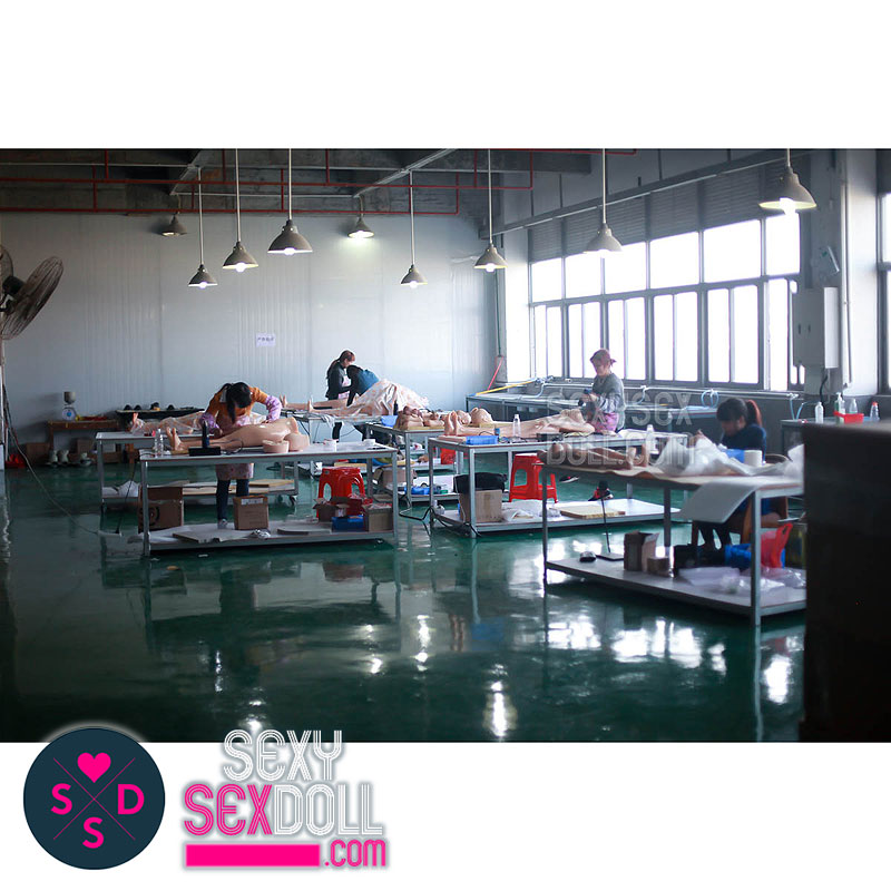 sex doll factory-Doll Refining Department