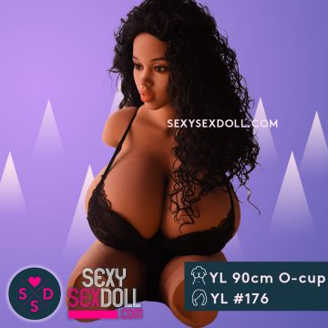 Cassidy Banks XXX Ebony Life Like doll 90cm 2ft11 O-cup Sex Doll Torso